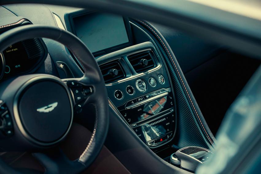 Aston Martin DB11 V8 phiên bản độc Kopi Bronze vừa thông quan, chuẩn bị bàn giao đến chủ nhân - 8