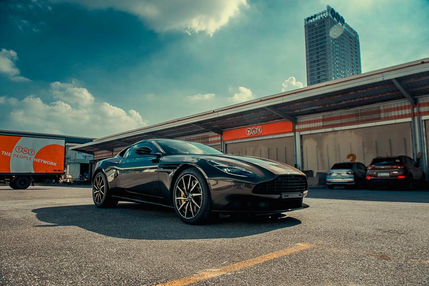 Aston Martin DB11 V8 phiên bản độc Kopi Bronze vừa thông quan, chuẩn bị bàn giao đến chủ nhân - 13