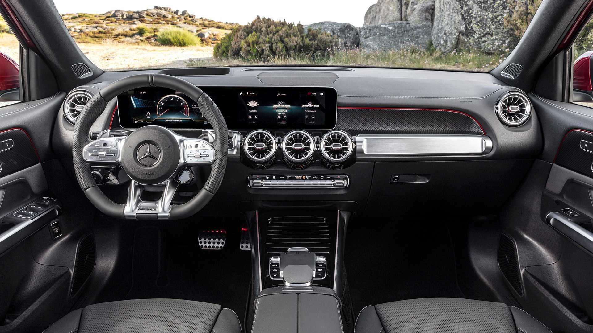 Mercedes-AMG GLB 35 - SUV cỡ nhỏ 7 chỗ mạnh hơn 300 mã lực 18
