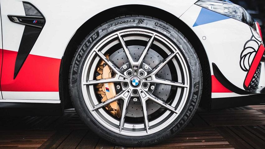 BMW M8 Competition MotoGP Safety Car công suất 617 mã lực - 6