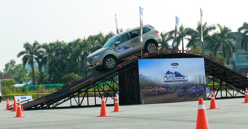 Ford Việt Nam khởi động chương trình lái thử xe Ford Roadshow 2019 - 5