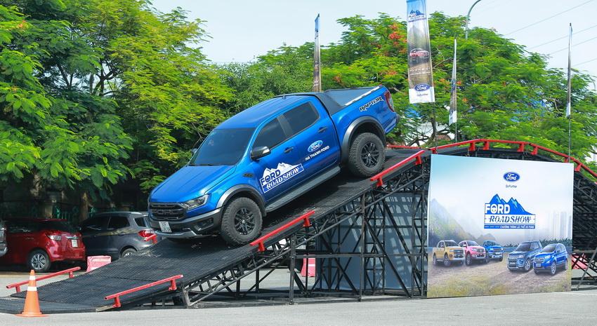 Ford Việt Nam khởi động chương trình lái thử xe Ford Roadshow 2019 - 2