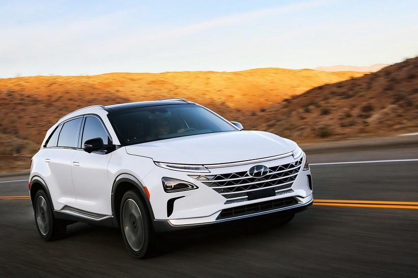 Hyundai Nexo – mẫu xe chạy pin nhiên liệu hydro đầu tiên đạt điểm cao nhất trong bài thử nghiệm của IIHS - 1