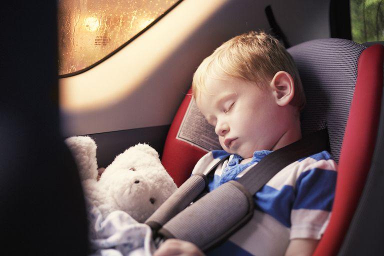 Bạn có biết bao nhiêu đứa trẻ đã không tỉnh lại sau khi bị bỏ quên trong những chiếc xe hơi bị đóng kín? - 2