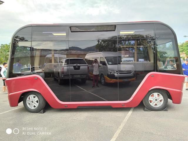 Lộ diện xe bus gắn logo Vinfast với thiết kế hiện đại như phim viễn tưởng - 4