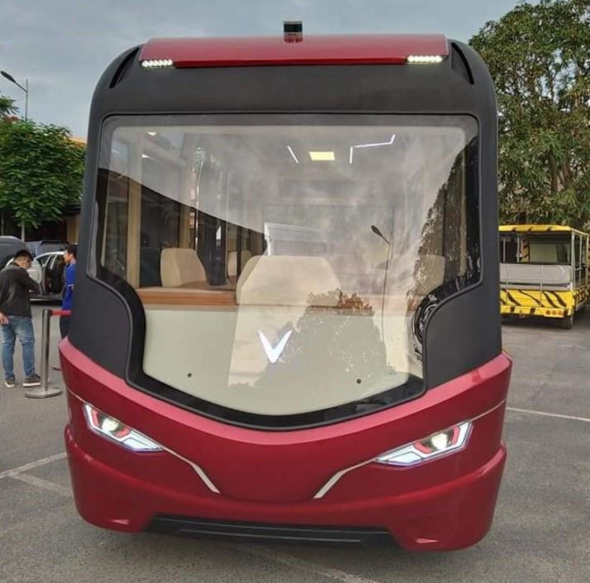 Lộ diện xe bus gắn logo Vinfast với thiết kế hiện đại như phim viễn tưởng - 3