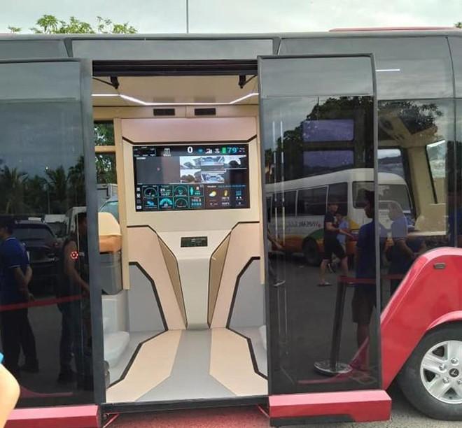 Lộ diện xe bus gắn logo Vinfast với thiết kế hiện đại như phim viễn tưởng - 2