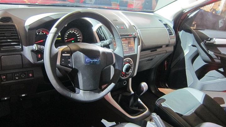 Isuzu D-Max LS-A phiên bản nâng cấp ra mắt, giá từ 585 triệu đồng - 10