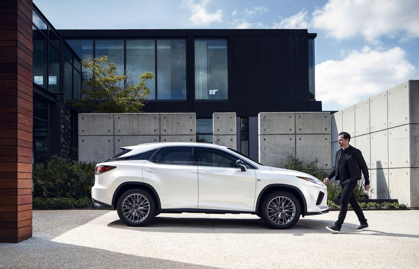 Lexus RX facelift 2020 ra mắt 3 phiên bản tại Malaysia, giá từ 2,23 tỉ đồng-14