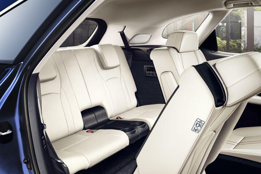 Lexus RX facelift 2020 ra mắt 3 phiên bản tại Malaysia, giá từ 2,23 tỉ đồng-11