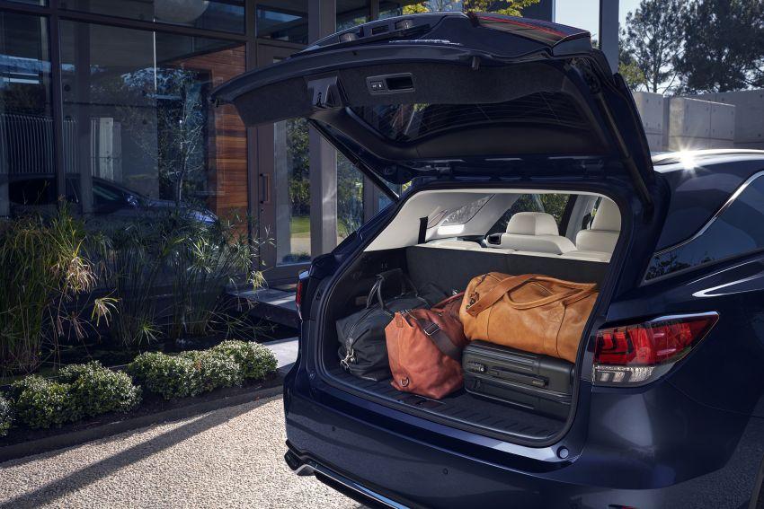 Lexus RX facelift 2020 ra mắt 3 phiên bản tại Malaysia, giá từ 2,23 tỉ đồng-10