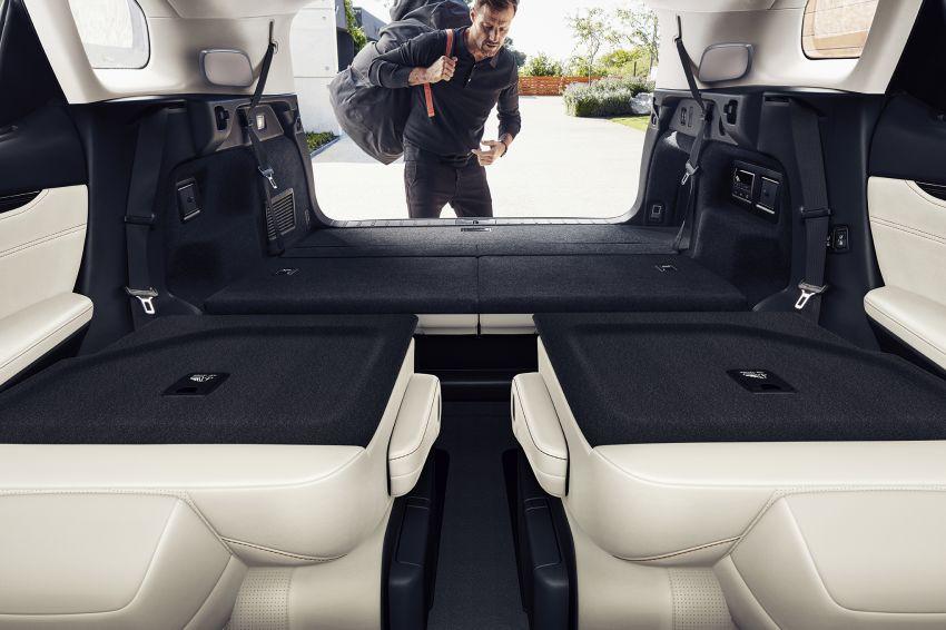 Lexus RX facelift 2020 ra mắt 3 phiên bản tại Malaysia, giá từ 2,23 tỉ đồng-9