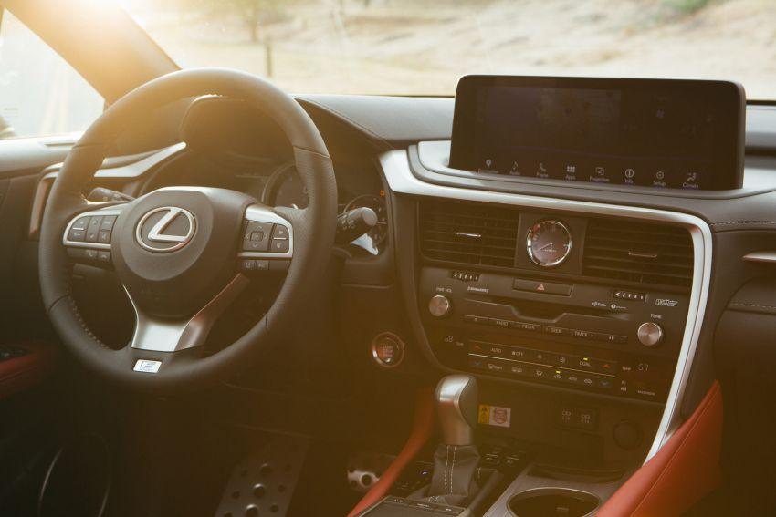 Lexus RX facelift 2020 ra mắt 3 phiên bản tại Malaysia, giá từ 2,23 tỉ đồng-24