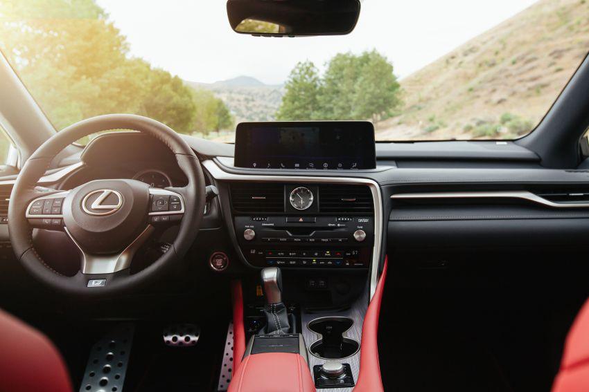 Lexus RX facelift 2020 ra mắt 3 phiên bản tại Malaysia, giá từ 2,23 tỉ đồng-23