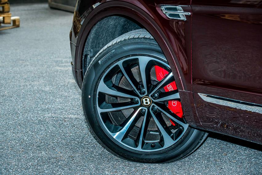 Bentley Bentayga V8 đầu tiên mang dấu ấn cá nhân hoá - 08