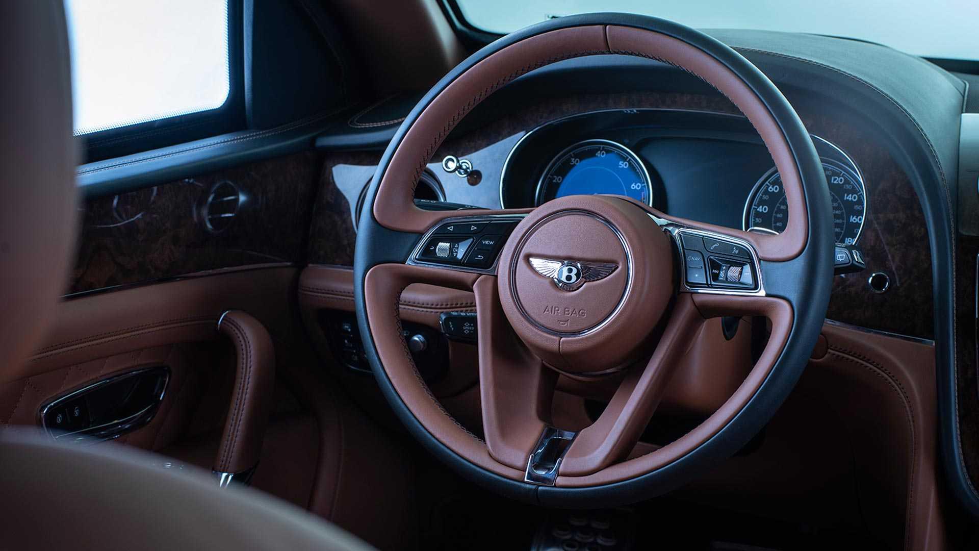 SUV siêu sang Bentley Bentayga phiên bản bọc thép -07
