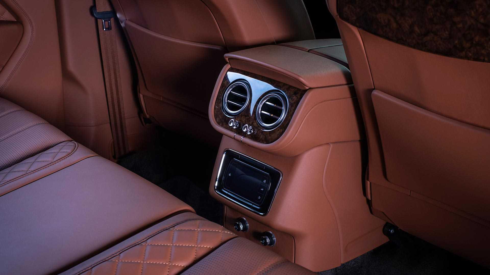 SUV siêu sang Bentley Bentayga phiên bản bọc thép - 09