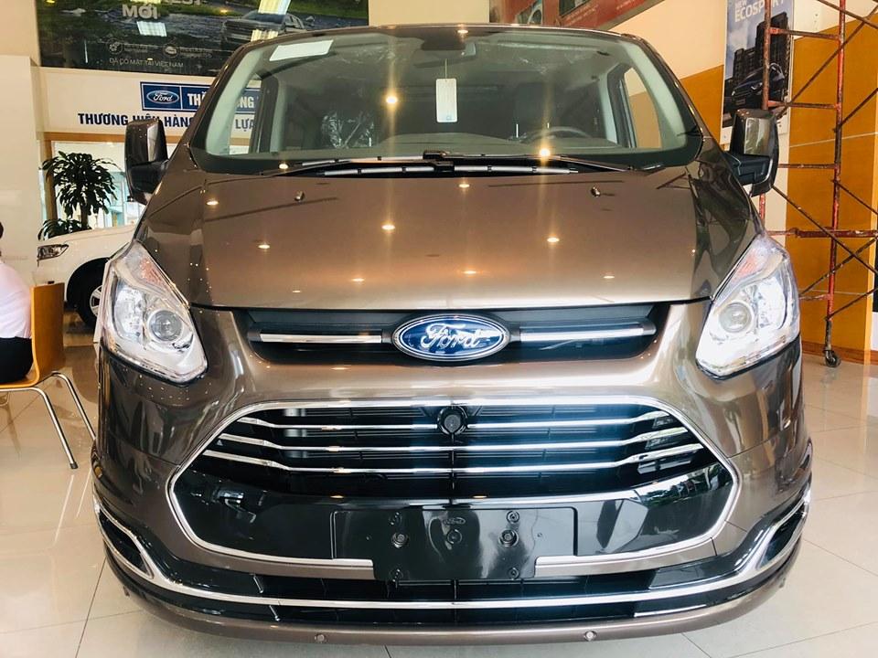 Ford Tourneo sắp được ra mắt tại Việt Nam - 11