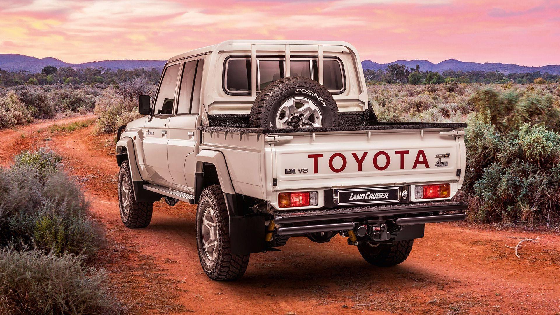 Toyota Land Cruiser có thêm phiên bản bán tải có kiểu dáng những năm 70-6