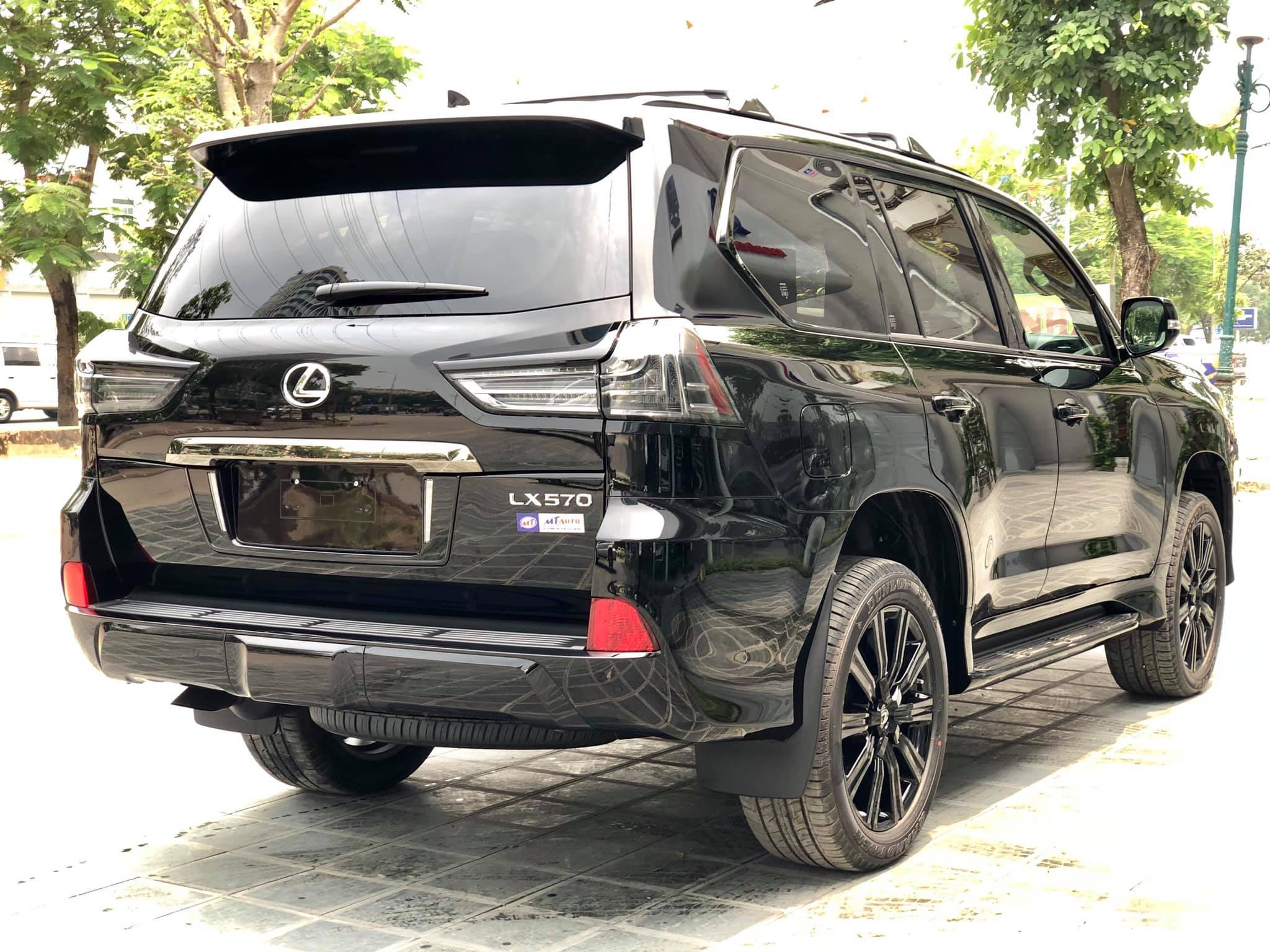 Lexus LX 570 Inspiration hàng hiếm về Việt Nam - 9