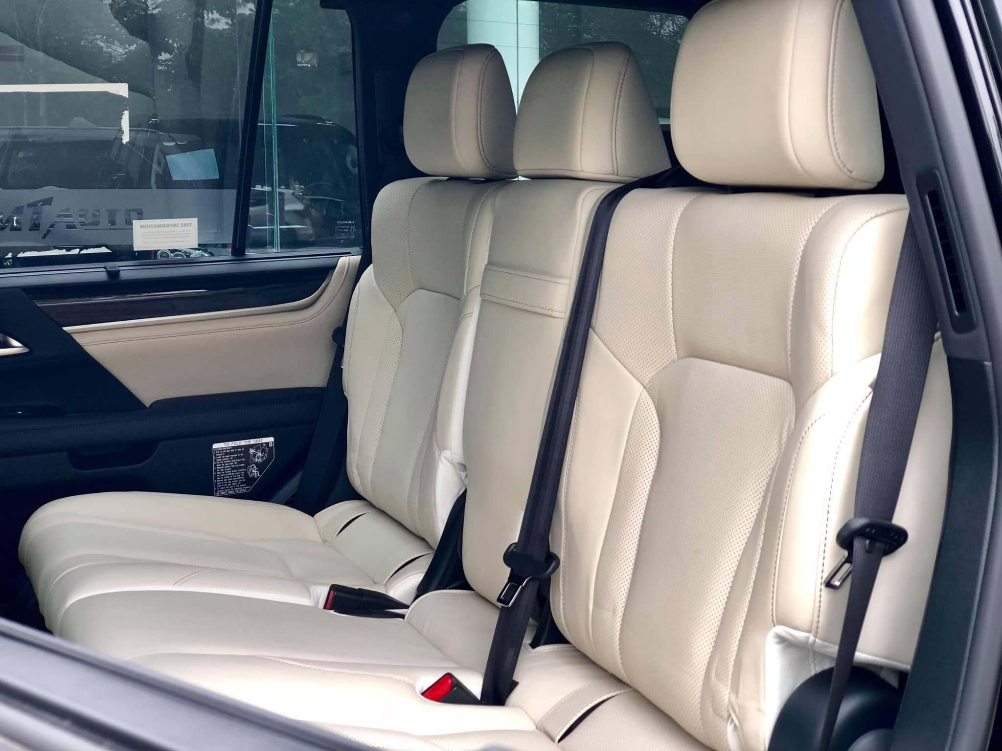 Lexus LX 570 Inspiration hàng hiếm về Việt Nam - 2
