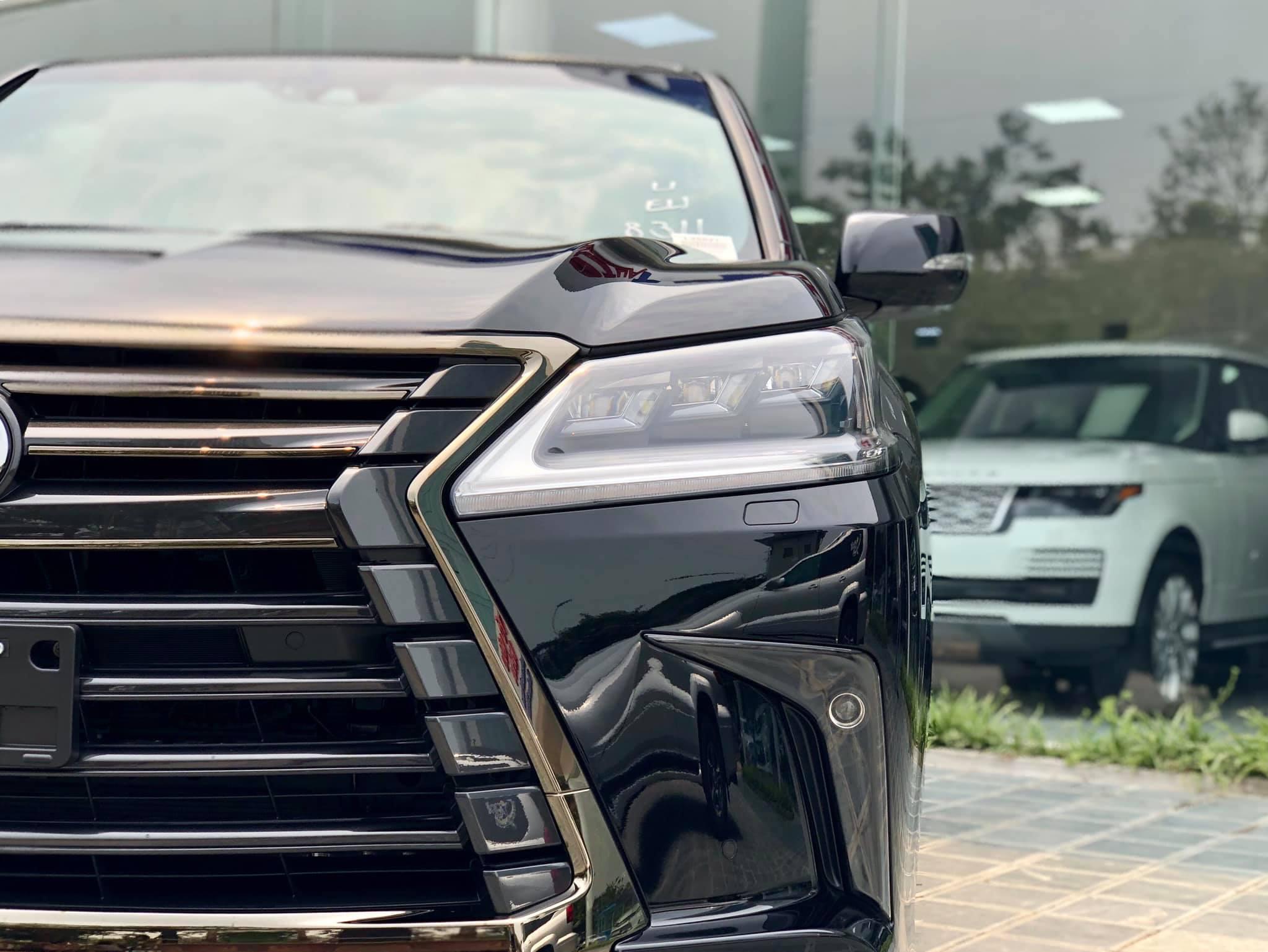 Lexus LX 570 Inspiration hàng hiếm về Việt Nam - 6
