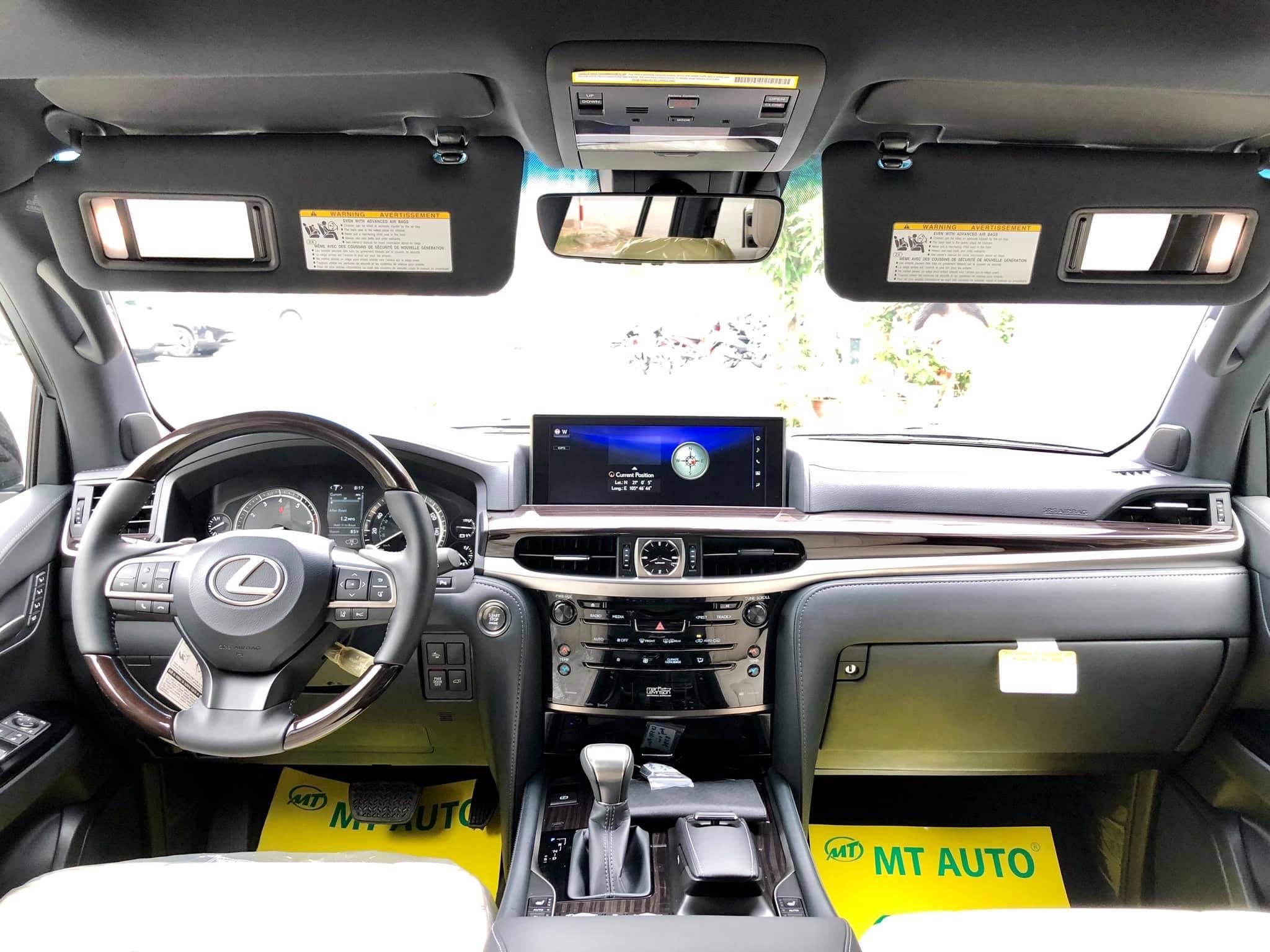 Lexus LX 570 Inspiration hàng hiếm về Việt Nam - 3