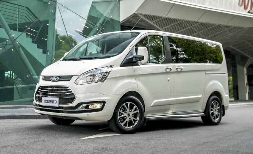 xe Ford Tourneo mới tại Việt Nam