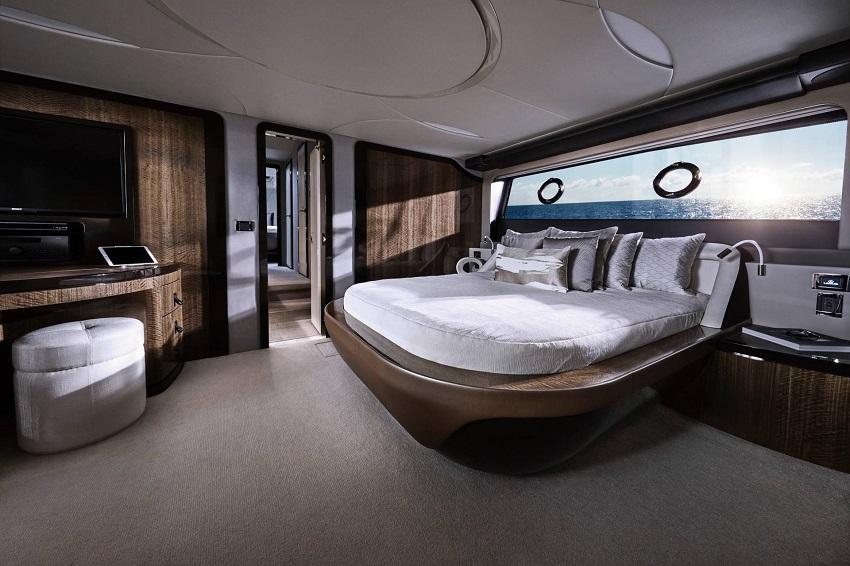 Lexus ra mắt chiếc du thuyền sang trọng LY 650 trị giá 3,5 triệu USD - 13