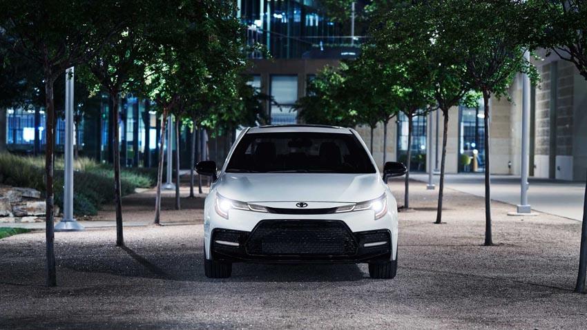 """Toyota Corolla 2020 Nightshade Edition phong cách """"trẻ trâu"""" ra mắt ở Mỹ - 3"""