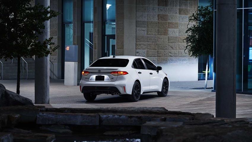 """Toyota Corolla 2020 Nightshade Edition phong cách """"trẻ trâu"""" ra mắt ở Mỹ - 4"""