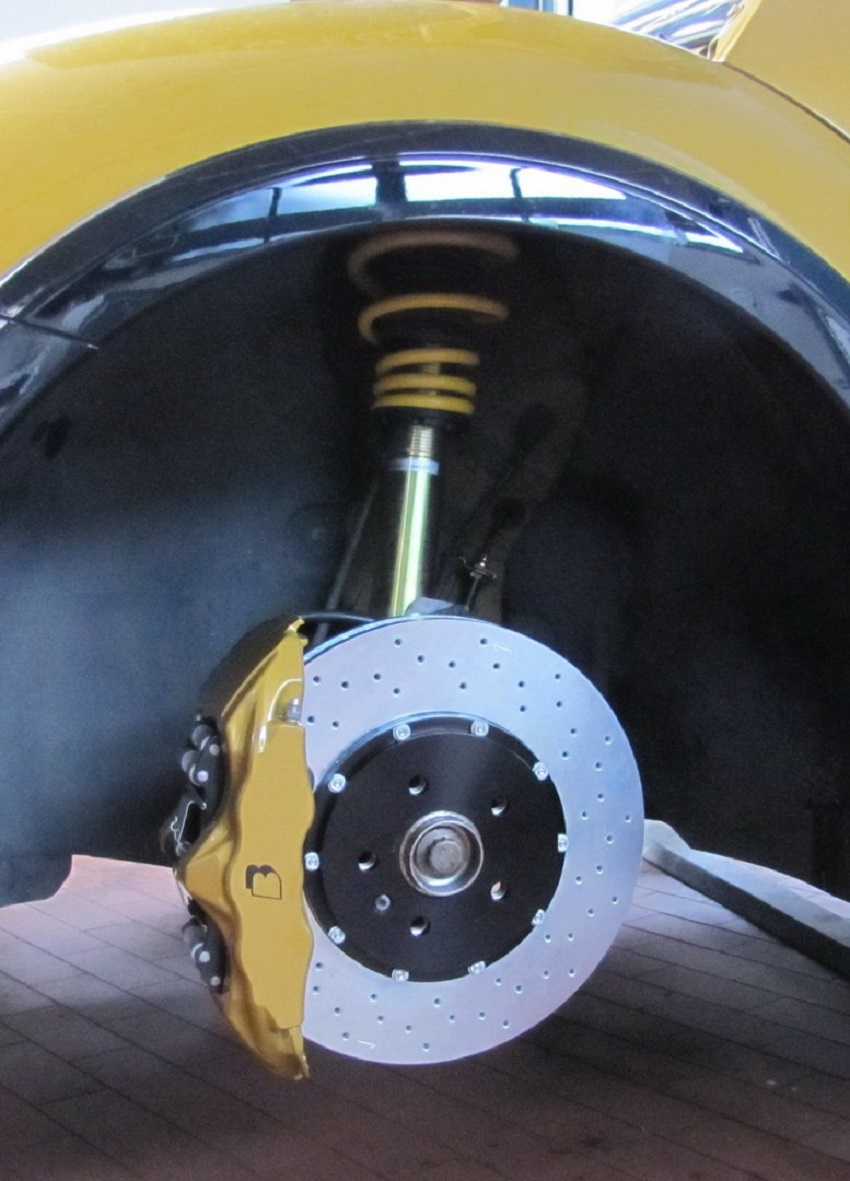 VW Beetle Convertible qua tay hãng độ B & B-Tuned có công suất 380 mã lực và đạt 100 km/h trong 5,2 giây - 5