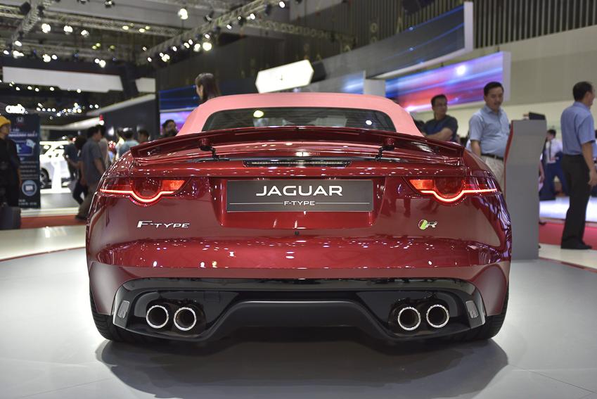 [VMS 2019] Cận cảnh Jaguar F-Type phiên bản R Convertible giá 13 tỉ đồng tại Việt Nam - 1