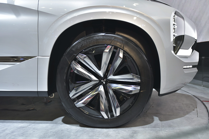 [VMS 2019] Mitsubishi GT-PHEV Concept - công nghệ SUV Hybrid - 4