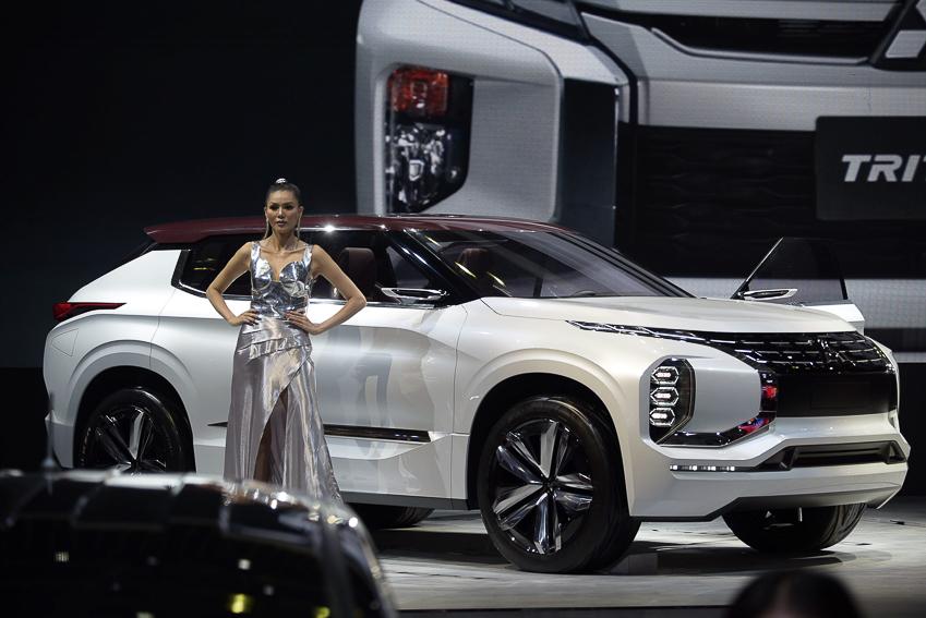 [VMS 2019] Mitsubishi GT-PHEV Concept - công nghệ SUV Hybrid - 15
