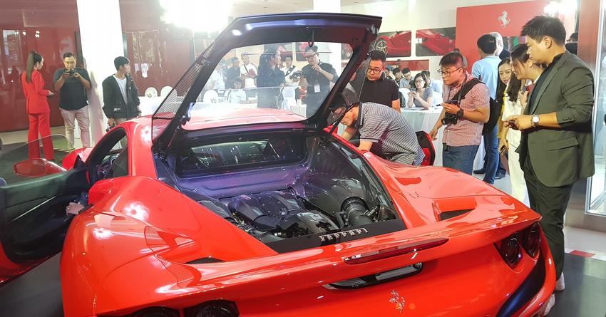 Cận cảnh siêu phẩm Ferrari F8 Tributo tại Việt Nam - 22