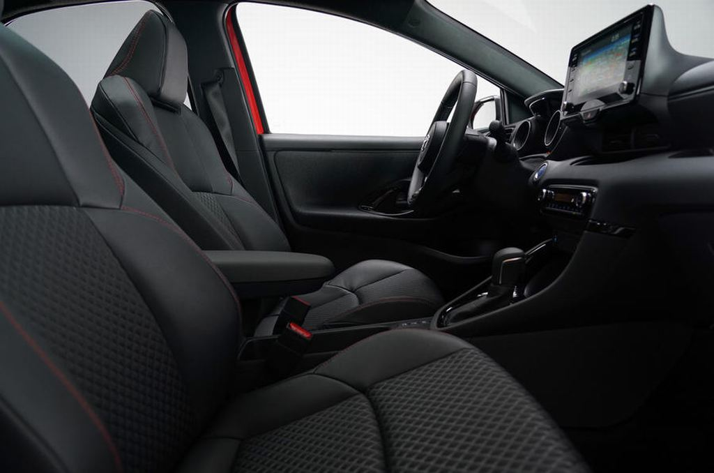 Toyota Yaris 2020 lộ diện thiết kế hoàn toàn mới - 4