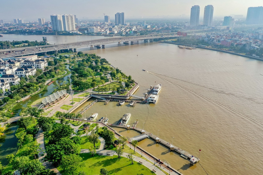 Du thuyền hạng sang BENETEAU Monte Carlo 52 đầu tiên về Việt Nam - 1