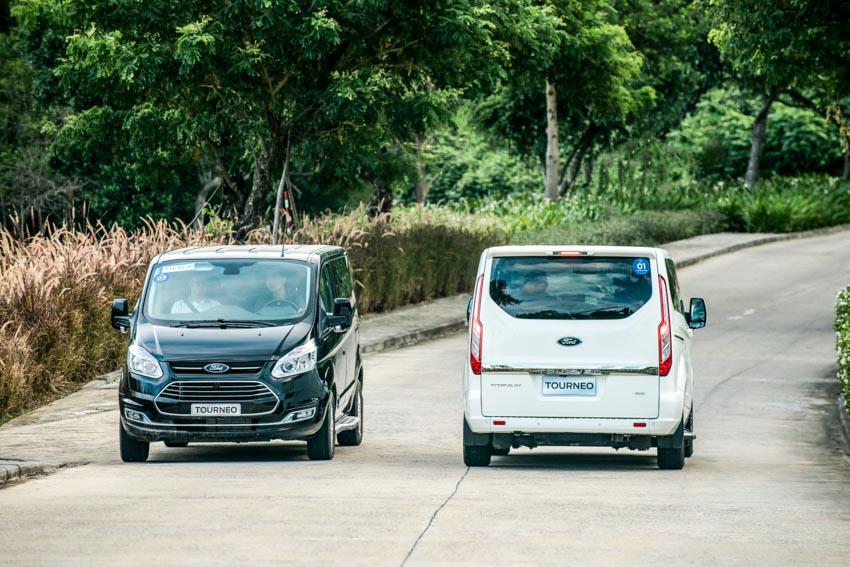 Trải nghiệm Ford Tourneo Mới: Tận hưởng sự êm ái và thoải mái cho những chuyến đi dài - 10
