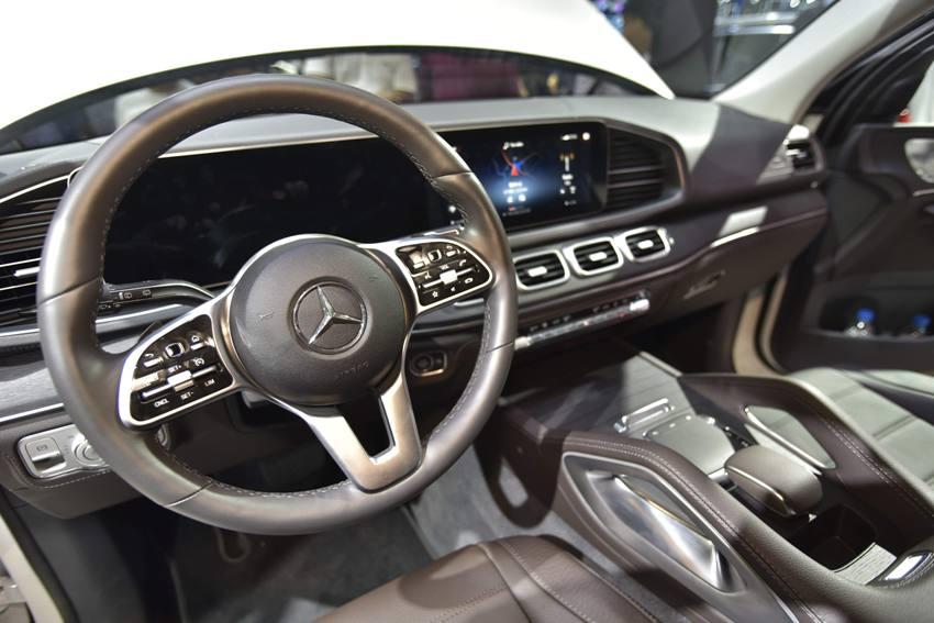 Cận cảnh Mercedes GLE 450 4MATIC mới giá 4,369 tỉ đồng ra mắt tại VMS 2019 - 14