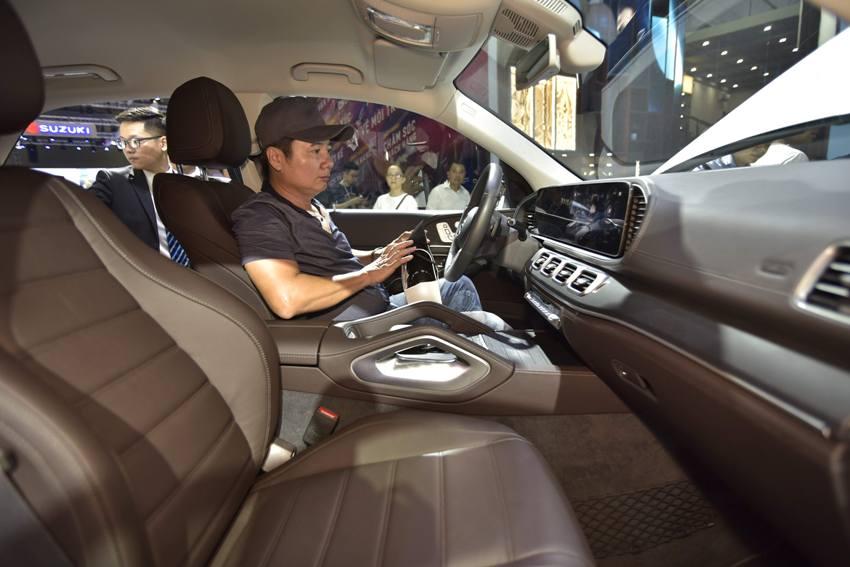 Cận cảnh Mercedes GLE 450 4MATIC mới giá 4,369 tỉ đồng ra mắt tại VMS 2019 - 15