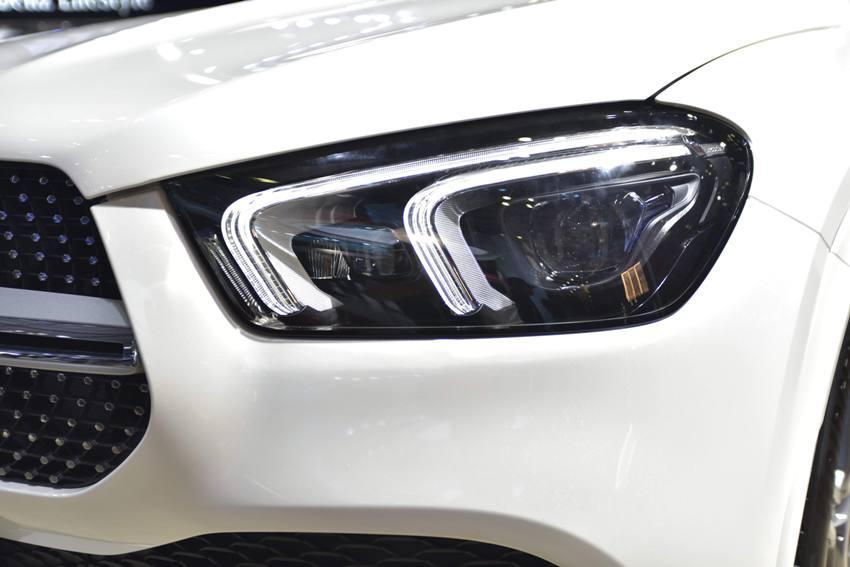 Cận cảnh Mercedes GLE 450 4MATIC mới giá 4,369 tỉ đồng ra mắt tại VMS 2019 - 23