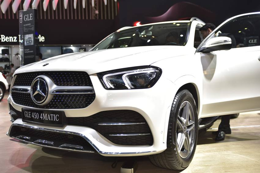 Cận cảnh Mercedes GLE 450 4MATIC mới giá 4,369 tỉ đồng ra mắt tại VMS 2019 - 24