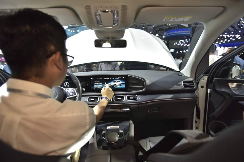 Cận cảnh Mercedes GLE 450 4MATIC mới giá 4,369 tỉ đồng ra mắt tại VMS 2019 - 8