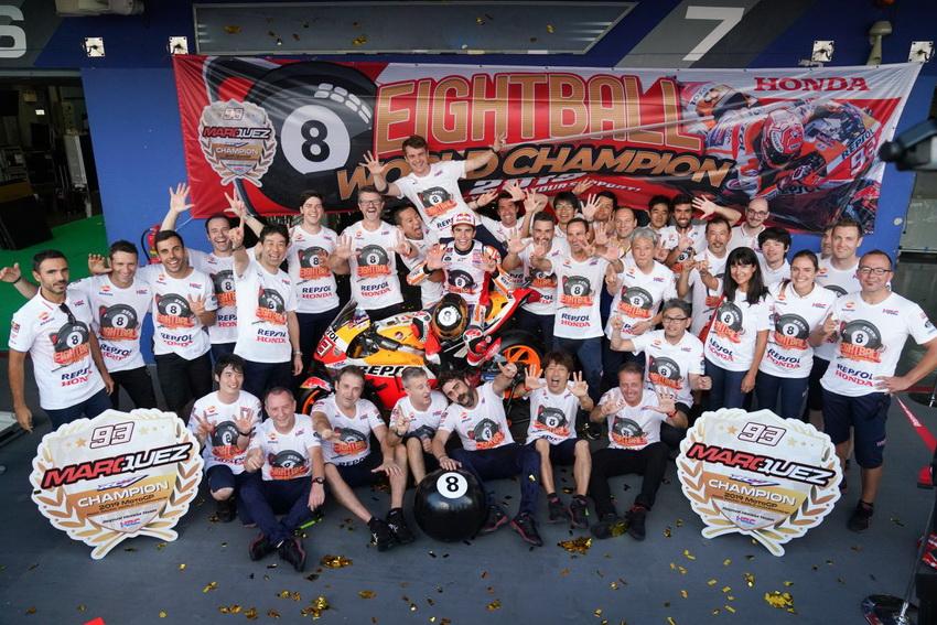 Tay đua Marc Marquez vô địch giải đấu FIM*1 MotoGP lần thứ tư liên tiếp - 14