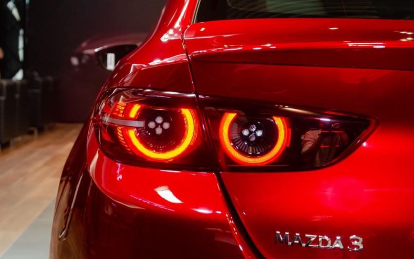 Mazda giới thiệu triết lý thiết kế sản phẩm với mẫu xe Mazda3 thế hệ mới sắp ra mắt - 2