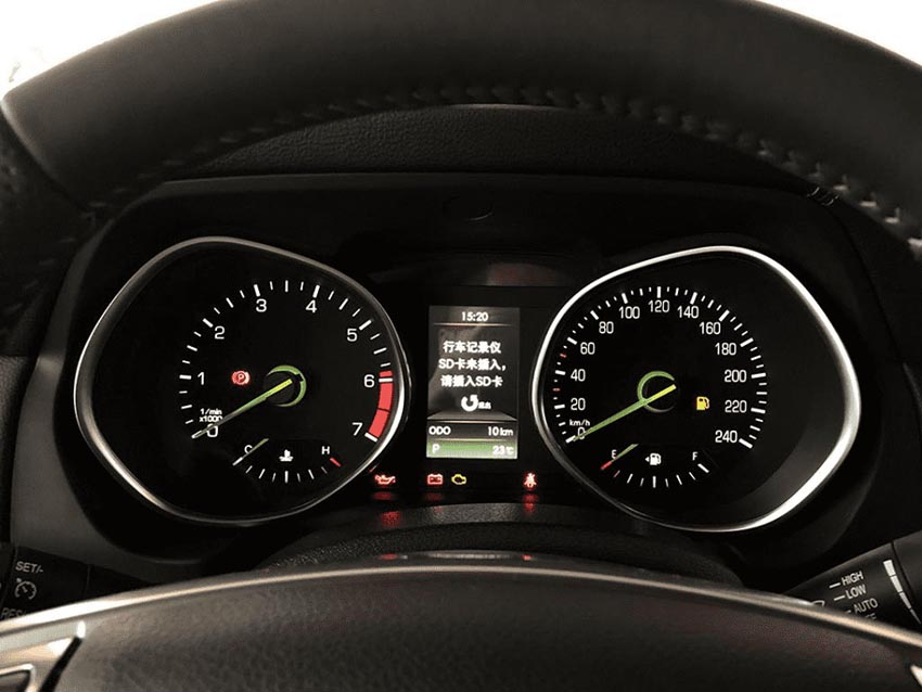 BAIC BJ80 ra mắt phiên bản đặc biệt nhái Mercedes G-Class - 10