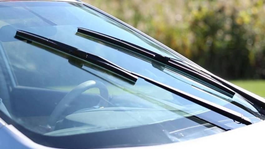 cách khắc phục lỗi gạt nước kính ô tô