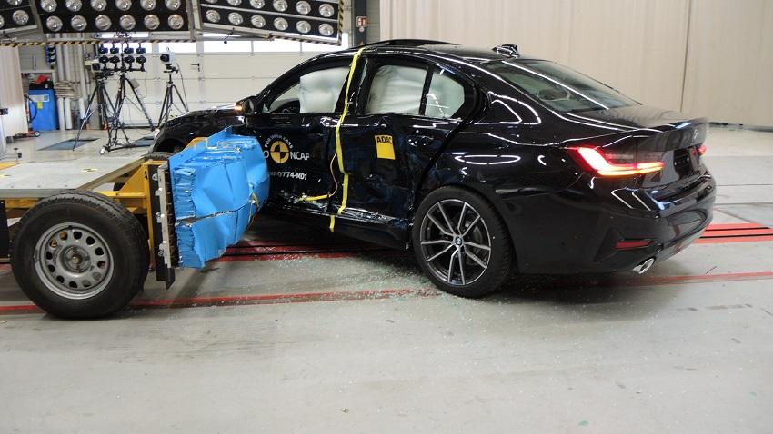 Euro NCAP cho điểm an toàn đối với BMW 1 và 3-Series mới, Peugeot 208 và Jeep Cherokee - 12