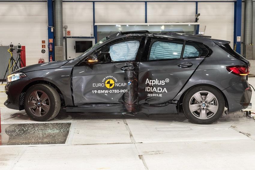 Euro NCAP cho điểm an toàn đối với BMW 1 và 3-Series mới, Peugeot 208 và Jeep Cherokee - 2